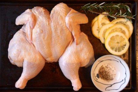 Курица с картофелем и лимоном