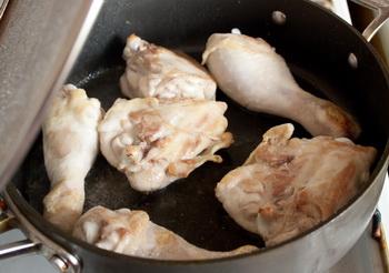 Куриные ножки, тушенные со сладким перцем