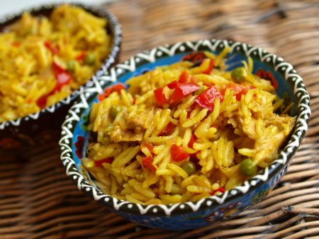 Рис с тунцом по-индийски
