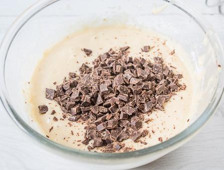 Кунжутно-банановый кекс с шоколадом