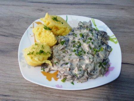 Соус из грибов со сметаной