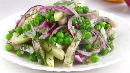 Салат с сельдью за 10 минут