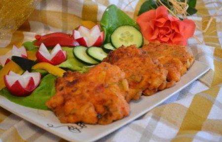 Куриные оладьи с болгарским перцем