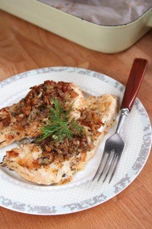 Куриное филе с луком и паприкой