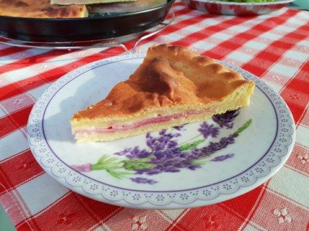 Картофельный пирог с ветчиной и сыром