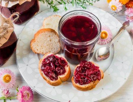 Мамино вишневое варенье