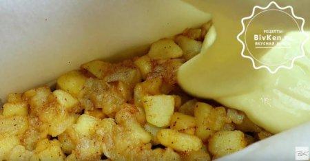 Яблочный чизкейк с миндальной крошкой