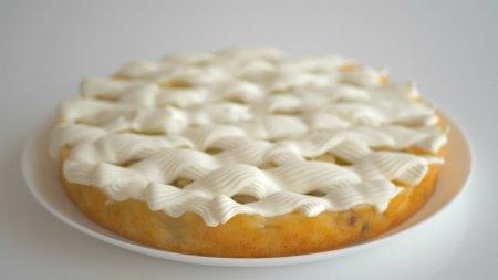 Перевёрнутый пирог с яблоками