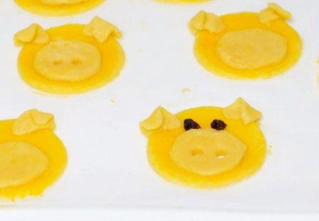 Домашнее печенье «Милые свинки»