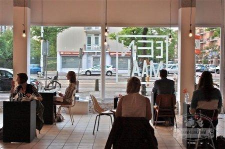 В Амстердаме открылся ресторан для любителей одиночества