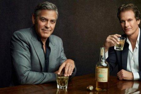 Джордж Клуни продает текилу Casamigos компании Diageo за $1 млрд