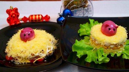 Потрясающие новые праздничные салаты с курицей