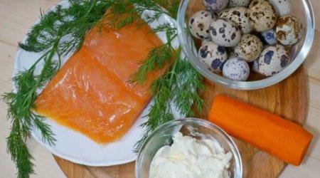 Перепелиные яйца, фаршированная красной рыбой
