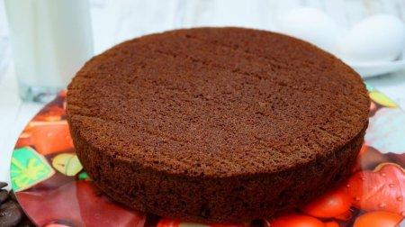 Воздушный бисквит для торта на кефире